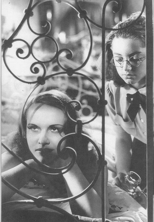 Фільм «Ворон» (1943): 600x862
