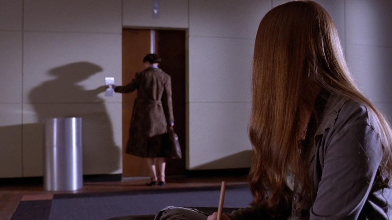 Серіал «Майстри жахів» (2005 – 2007): Анджела Беттіс, Ерін Браун 1 сезон, 10 епізод — «Странная девушка» (Sick Girl) 1280x720