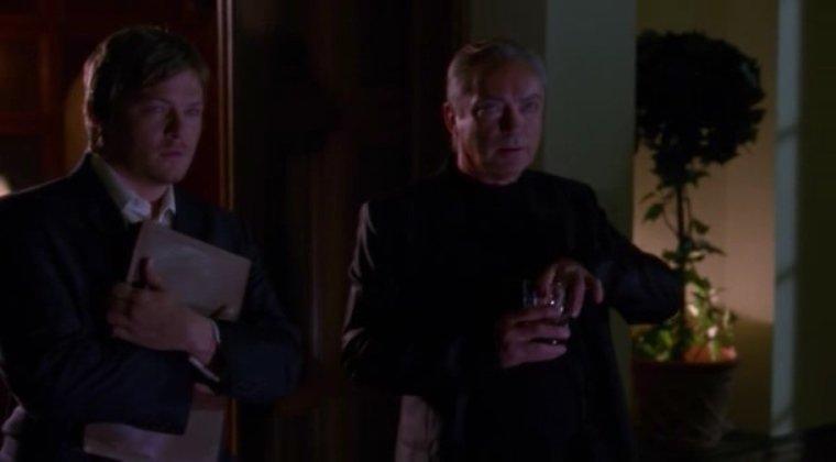Серіал «Майстри жахів» (2005 – 2007): Удо Кір, Норман Рідус 1 сезон, 8 епізод — «Сигаретный ожог» (Cigarette Burns) 760x420