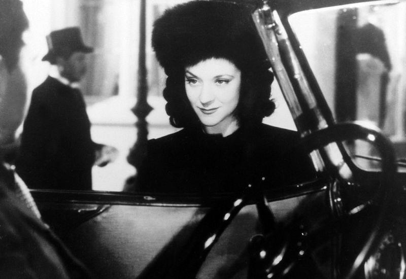 Фільм «Дами Булонського лісу» (1945): 800x550