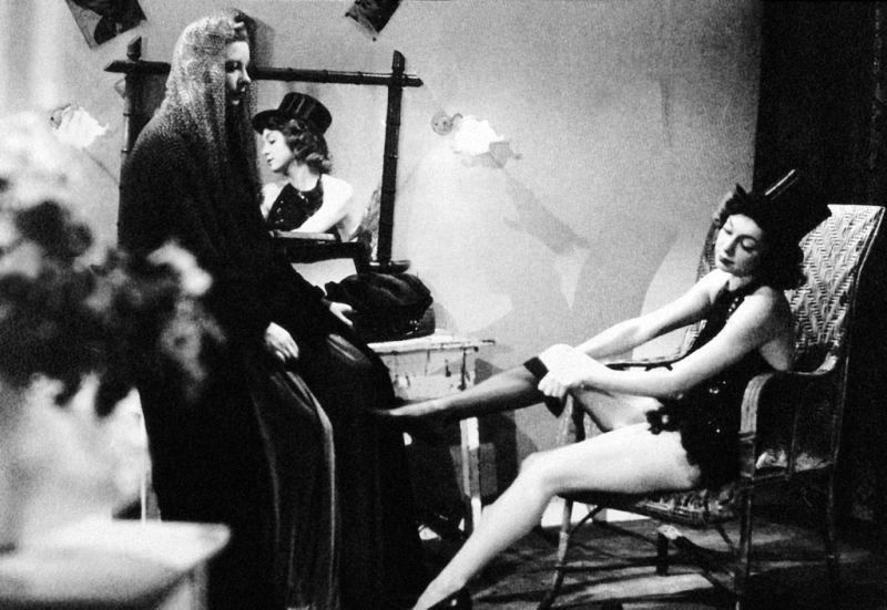 Фільм «Дами Булонського лісу» (1945): 800x551