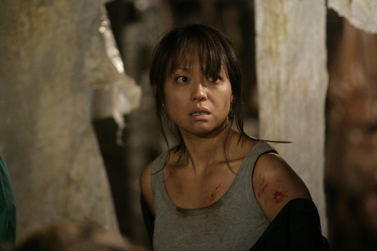 Серіал «Мисливці за чужими» (2006 – 2011): Наоко Морі 1 сезон, 6 епізод — «Убийство в деревне» (Countrycide) 1200x800
