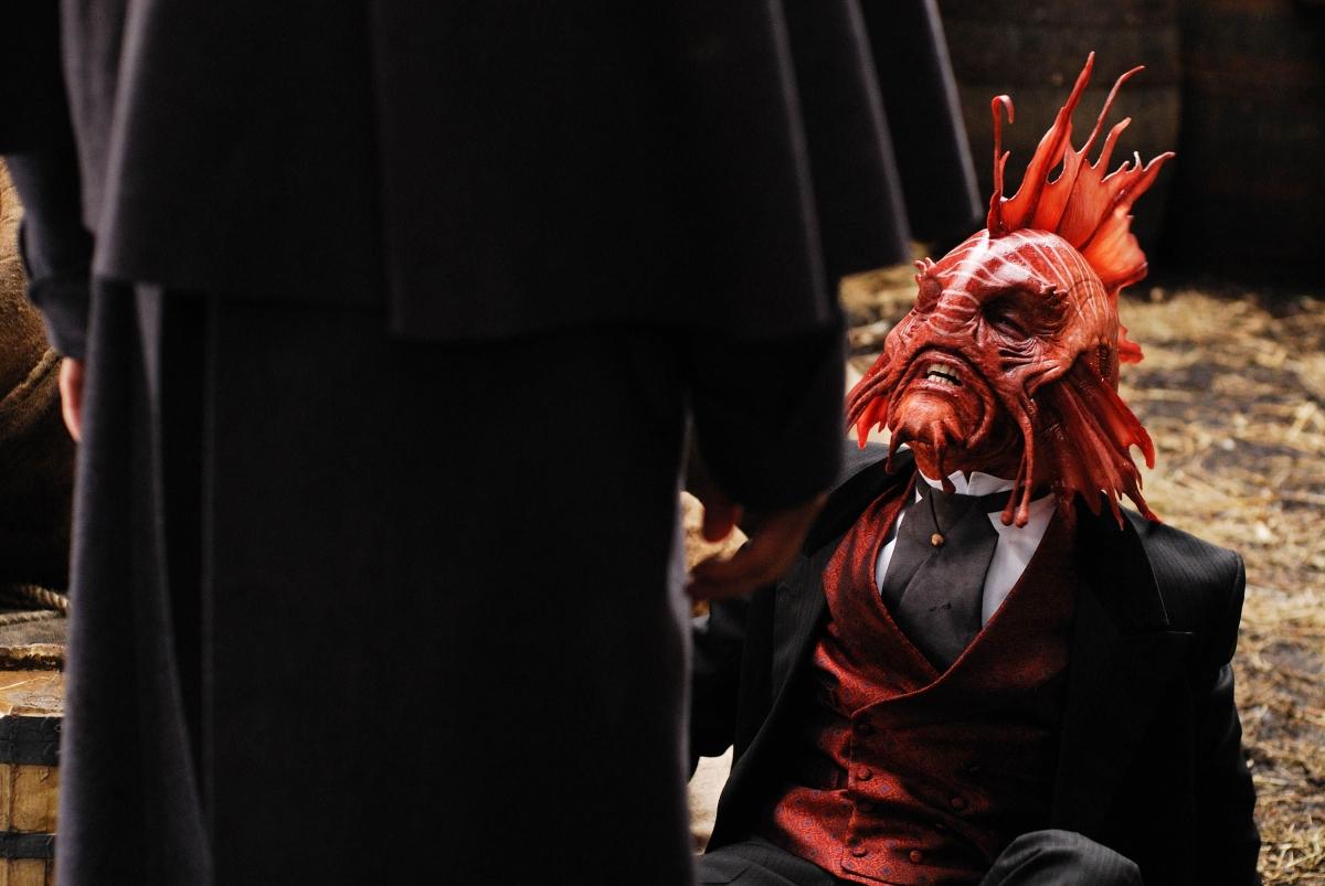 Серіал «Мисливці за чужими» (2006 – 2011): Джон Барроумен, Пол Касі 2 сезон, 12 епізод — «Фрагменты» (Fragments) 1200x803