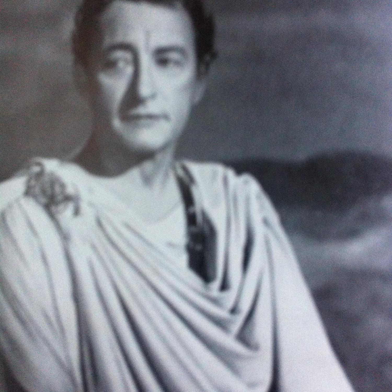Фільм «Цезарь и Клеопатра» (1945): Клод Рэйнс 1500x1500
