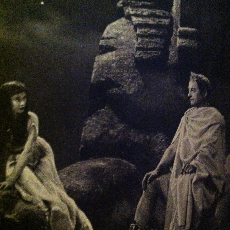 Фільм «Цезарь и Клеопатра» (1945): Вів'єн Лі, Клод Рэйнс 1500x1500
