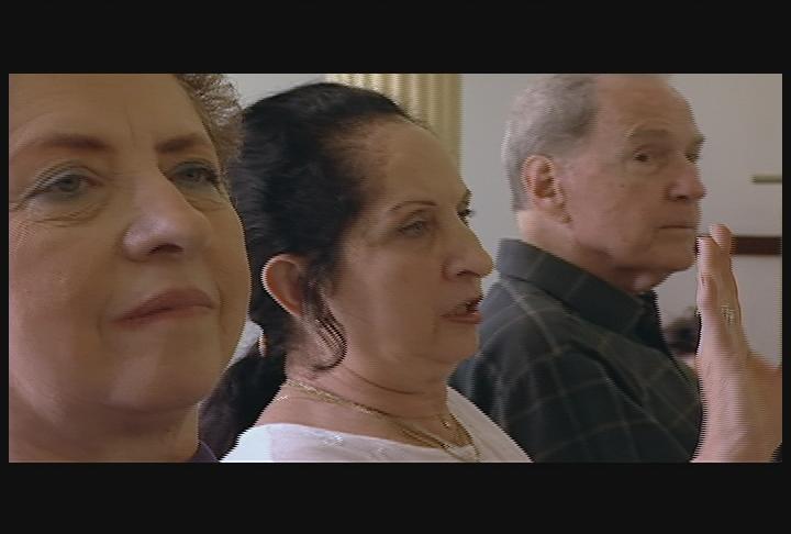 Сериал «Независимая линза» (1999 – ...): 7 сезон, 5 эпизод — «Mirror Dance» 720x486