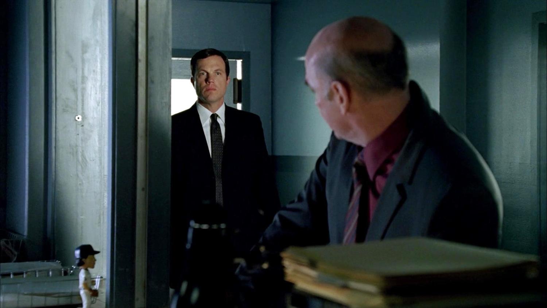Серіал «Новий день» (2006 – 2007): Адам Болдуін, Мітч Піледжі 1 сезон, 13 епізод — «Что если это он» (What If It's Him) 1500x844