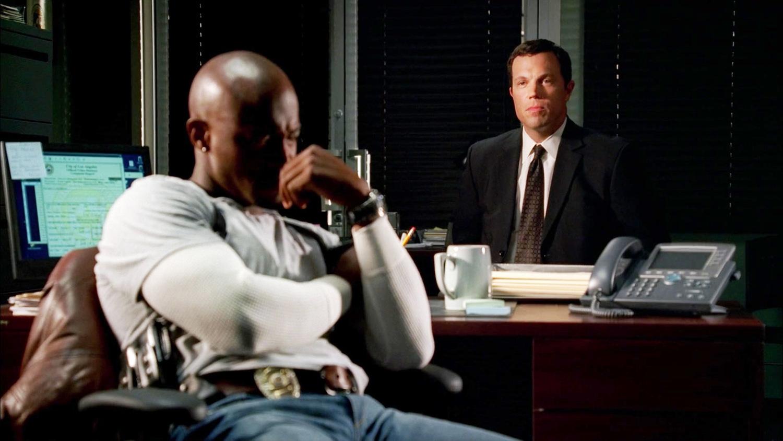 Серіал «Новий день» (2006 – 2007): Адам Болдуін, Тей Діггз 1 сезон, 5 епізод — «Что, если они застряли?» (What If They're Stuck) 1500x844
