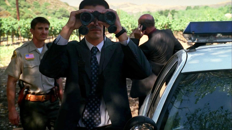 Серіал «Новий день» (2006 – 2007): Йен Ентоні Дейл 1 сезон, 2 епізод — «Что, если им сбежать?» (What If They Run) 1500x844