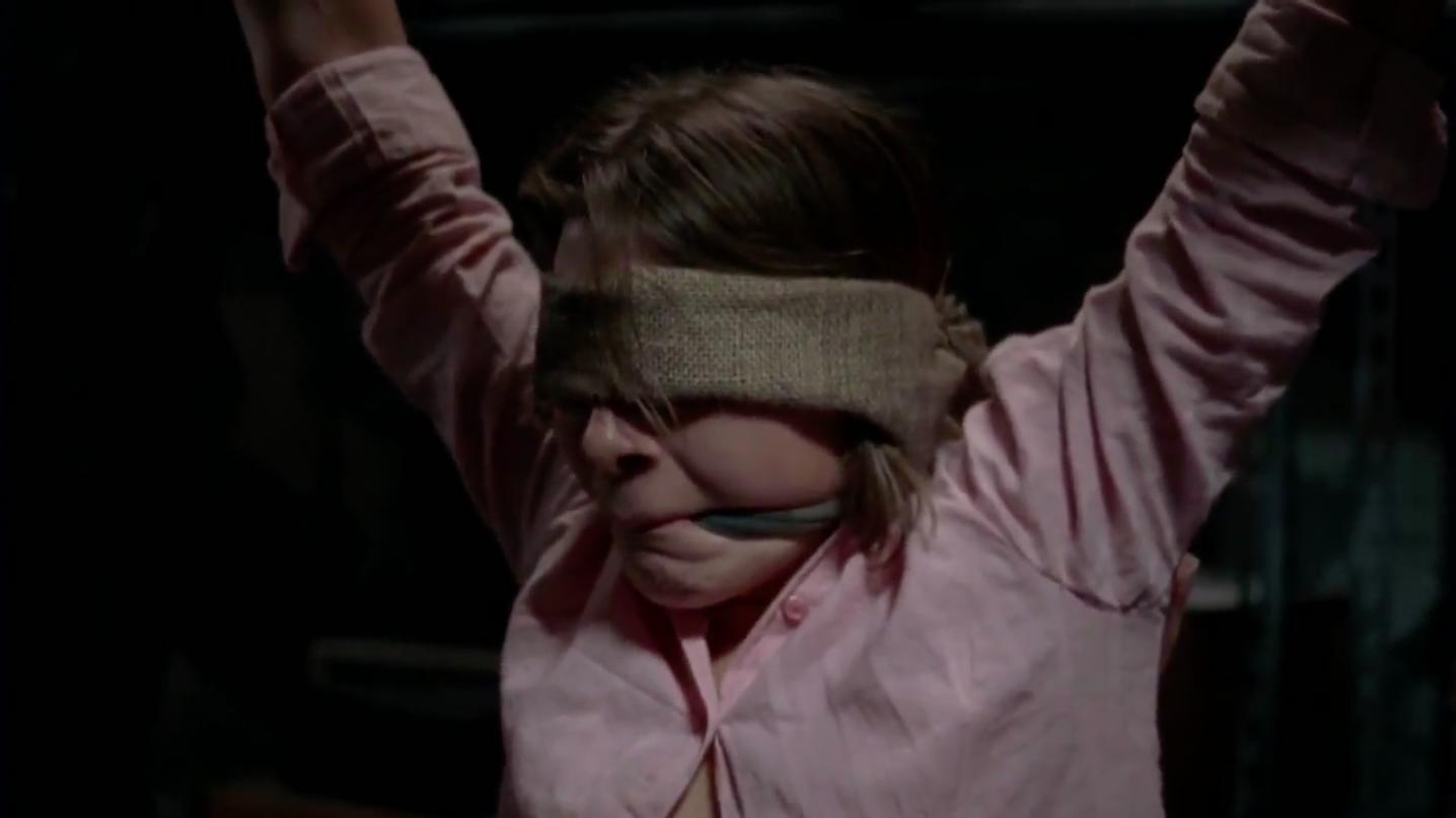 Фильм «Девушка по соседству» (2007): Блайт Оффарт 1436x807