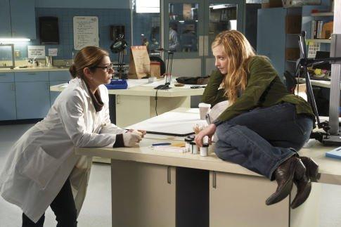 Серіал «Врятувати Грейс» (2007 – 2010): 485x323