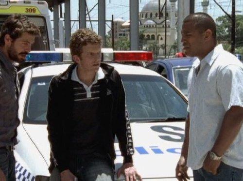 Серіал «Восток – Запад» (2007 – 2011): 500x374