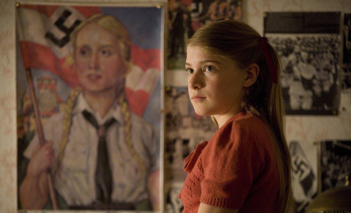 Фільм «Хлопчик в смугастій піжамі» (2008): Бурштиновий Бітті 1190x721