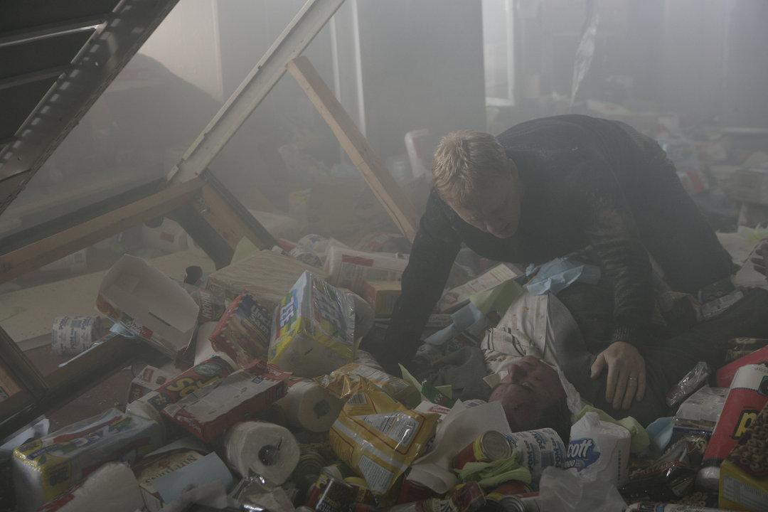 Серіал «Мандрівник» (2007): Кевін МакКідд 1 сезон, 3 епізод — «Третья игра» (Game Three) 1080x720