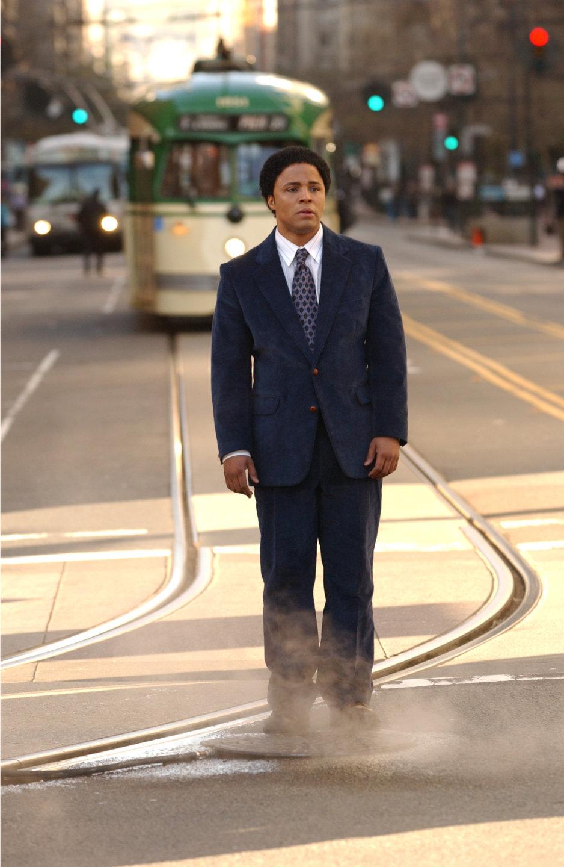 Серіал «Мандрівник» (2007): Кристофер Уоррен 1 сезон, 1 епізод — «Пілот - Любовь всей жизни» (Pilot) 938x1440