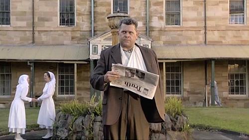 Серіал «Кримінальна Австралія» (2008 – 2013): Джон Батчелор 4 сезон, 10 епізод — «The Sentimental Bloke» 500x281