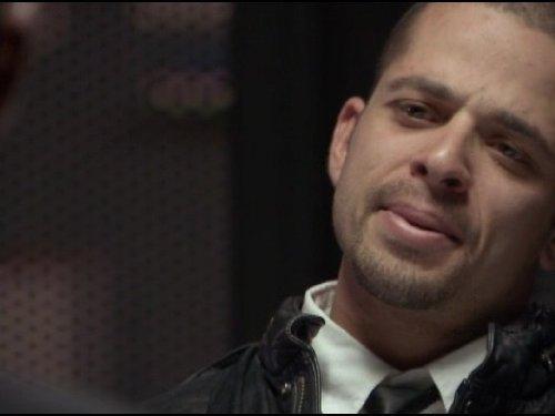 Серіал «Кримінальна Австралія» (2008 – 2013): 3 сезон, 4 епізод — «Fall Guy» 500x375