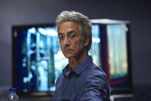 Сериал «Люди Альфа» (2011 – 2012): Дэвид Стрэтэйрн 1 сезон, 9 эпизод — «Слепое пятно» (Blind Spot) 600x400