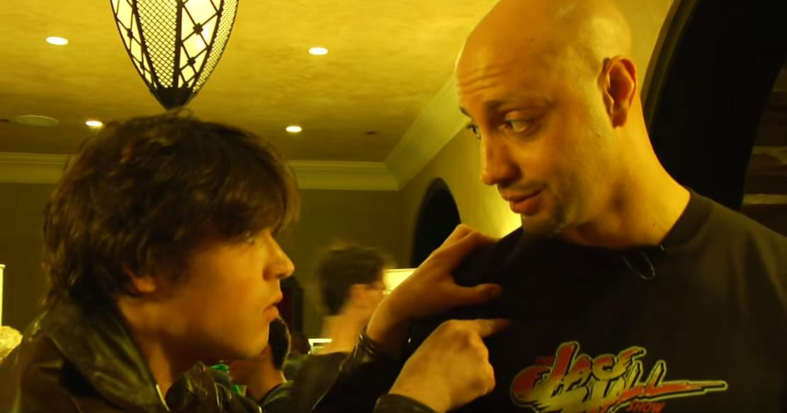 Сериал «Шоу Джейсона Холла» (2008 – 2012): Джейсон Холл, Логан Хаффман 4 сезон, 8 эпизод — «Marvel vs Capcom, Logan vs Jace» 1111x583
