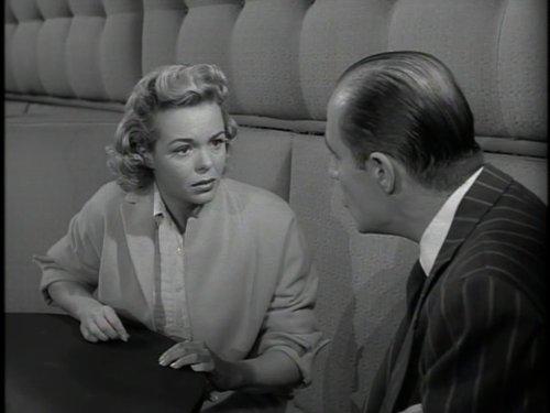 Серіал «Альфред Гічкок представляє» (1955 – 1962): Ненсі Гейтс 1 сезон, 6 епізод — «Теперь ты счастлива?» (Salvage) 500x375