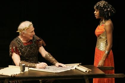 «Національний театр: Цезар і Клеопатра» — кадри