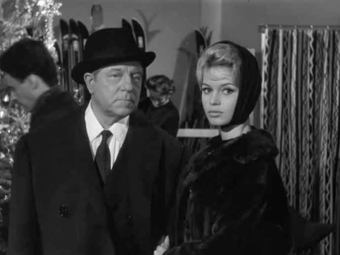 Фільм «У разі нещастя» (1958): Бріжіт Бардо, Жан Габен 689x516