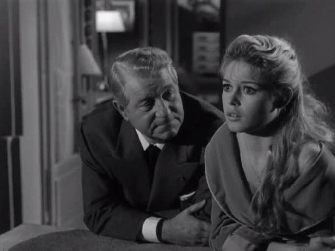Фільм «У разі нещастя» (1958): Бріжіт Бардо, Жан Габен 688x517