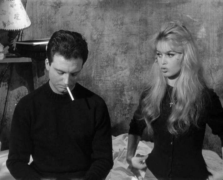 Фільм «У разі нещастя» (1958): Бріжіт Бардо, Франко Интерленьи 712x576