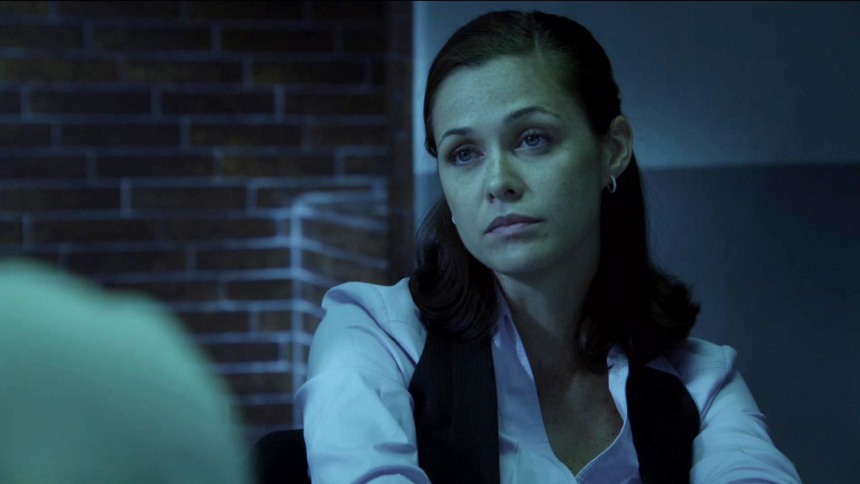 Серіал «Проблиски майбутнього» (2009 – 2010): Крістін Вудс 1 сезон, 3 епізод — «137 секунд с немецким акцентом» (137 Sekunden) 1500x844