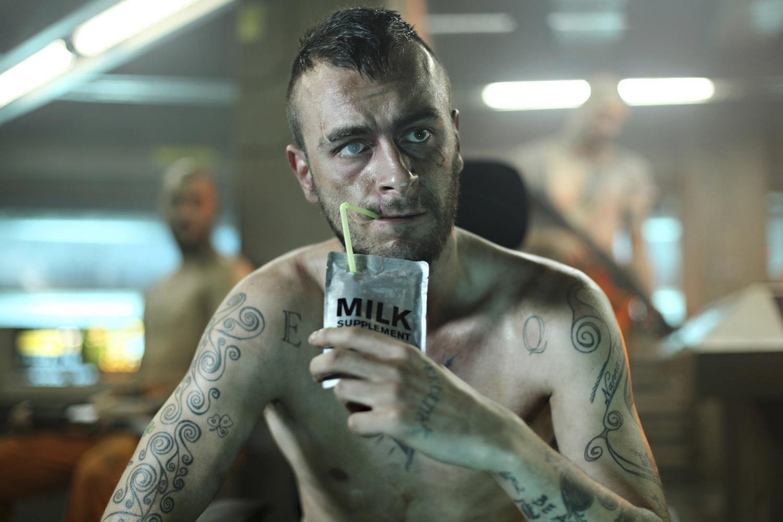 Фильм «Напролом» (2011): 1500x1000