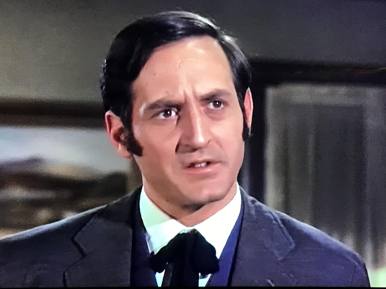 Серіал «Виргинец» (1962 – 1971): Ноам Питлик 6 сезон, 24 епізод — «The Handy Man» 1500x1125
