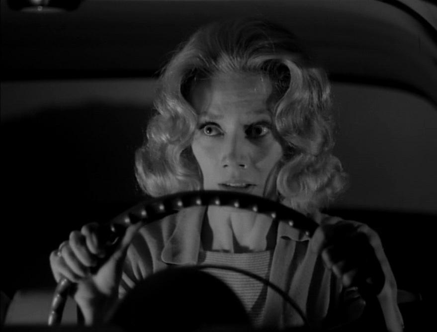 Фільм «Карнавал душ» (1962): Кендес Хіллігосс 879x668
