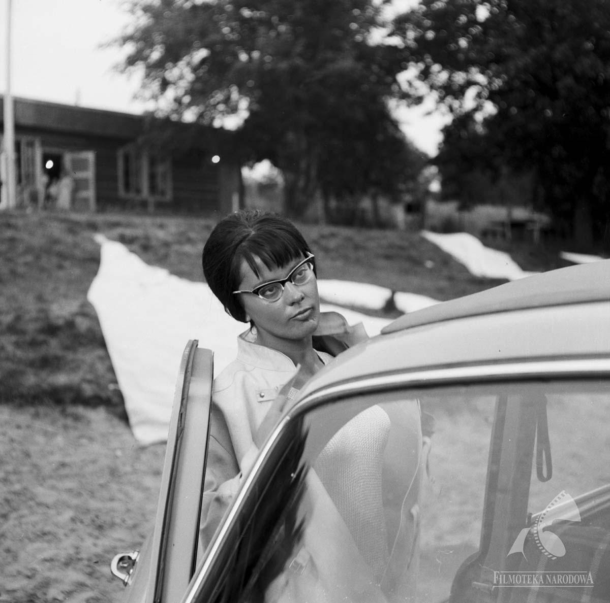 Фільм «Ніж у воді» (1962): Йоланта Умецкая 1200x1188