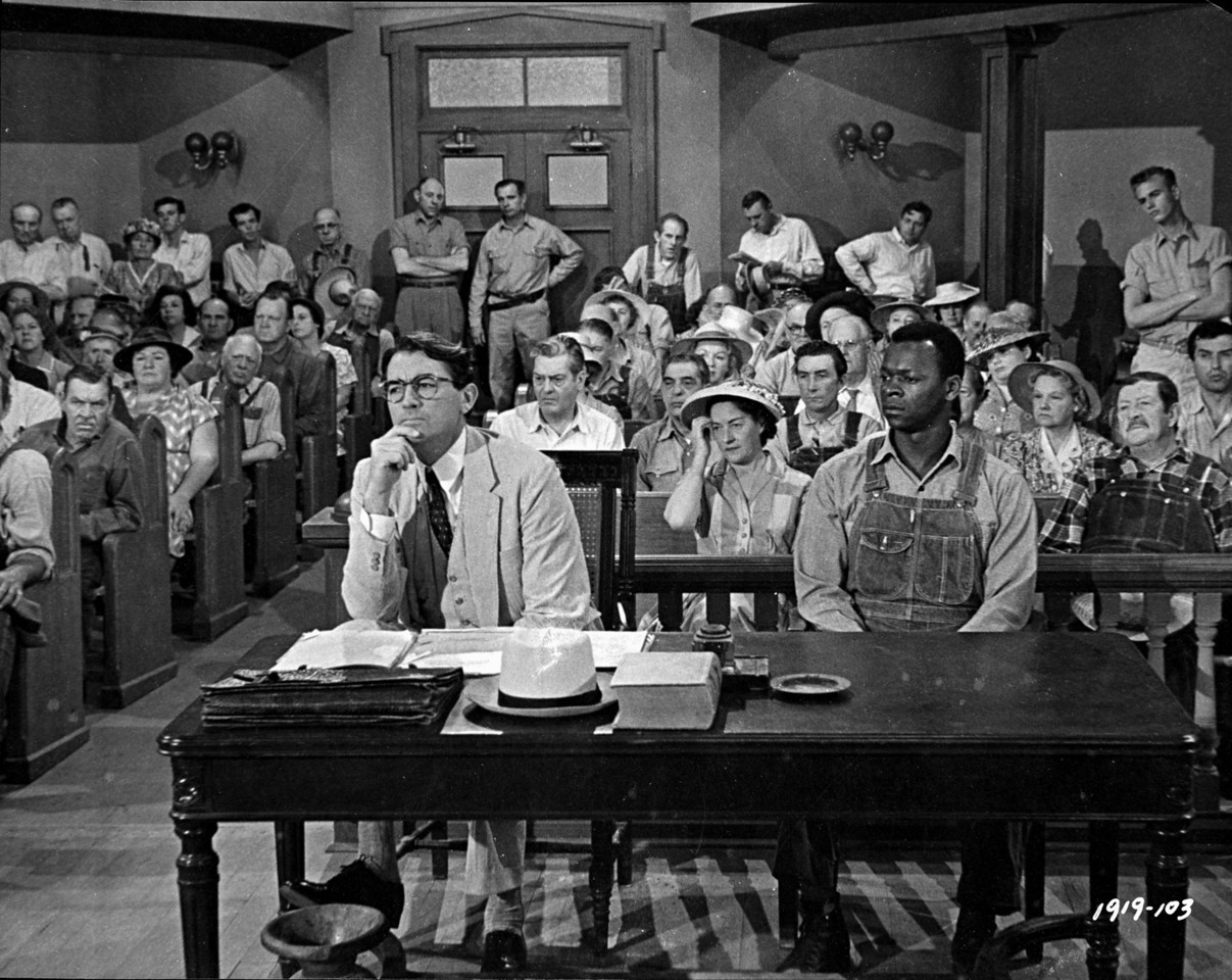 Фильм «Убить пересмешника» (1962): Грегори Пек, Брок Питерс 1207x960