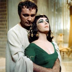 «Клеопатра» — кадри