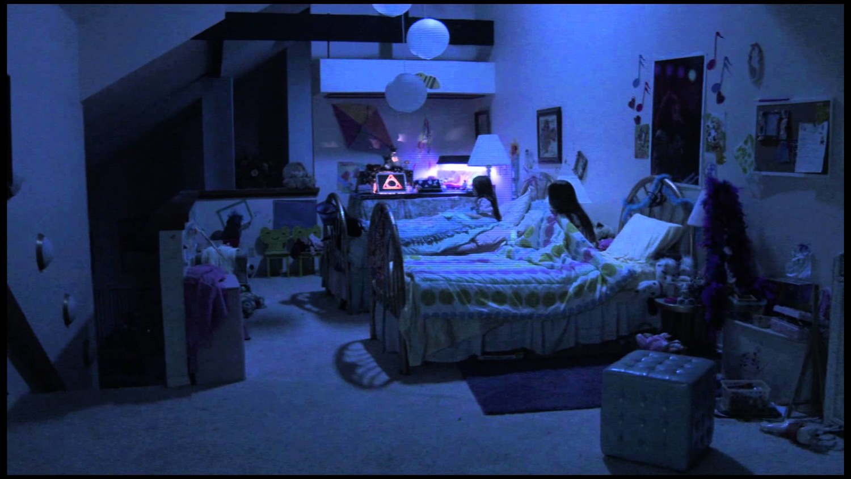 Фільм «Паранормальне явище 3» (2011): 1500x844