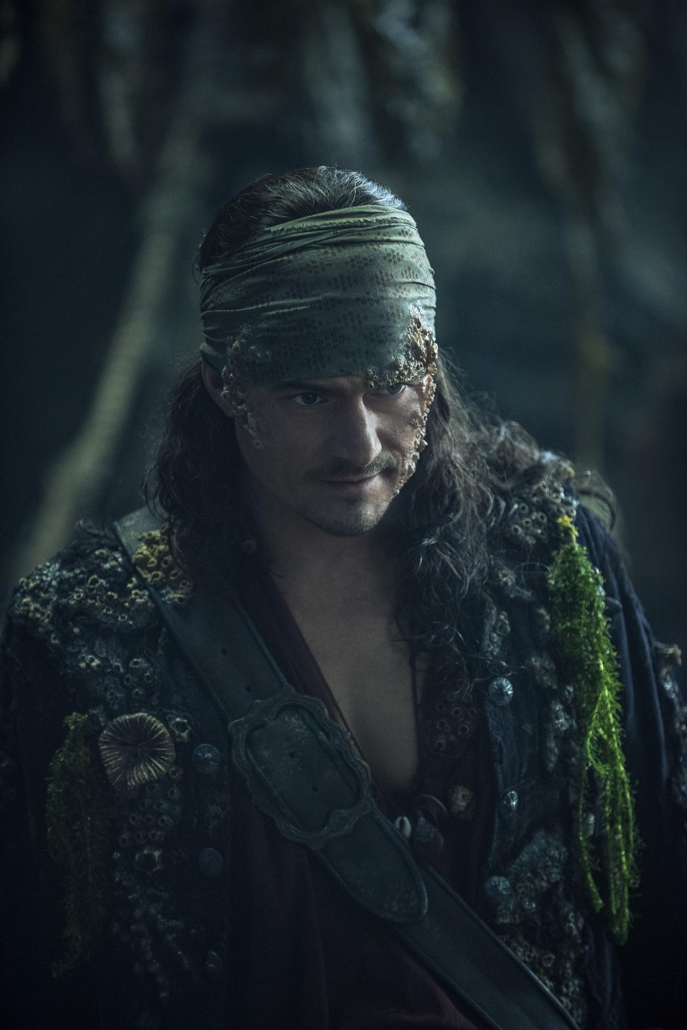 Фільм «Пірати Карибського моря: Помста Салазара» (2017): Орландо Блум 1367x2048