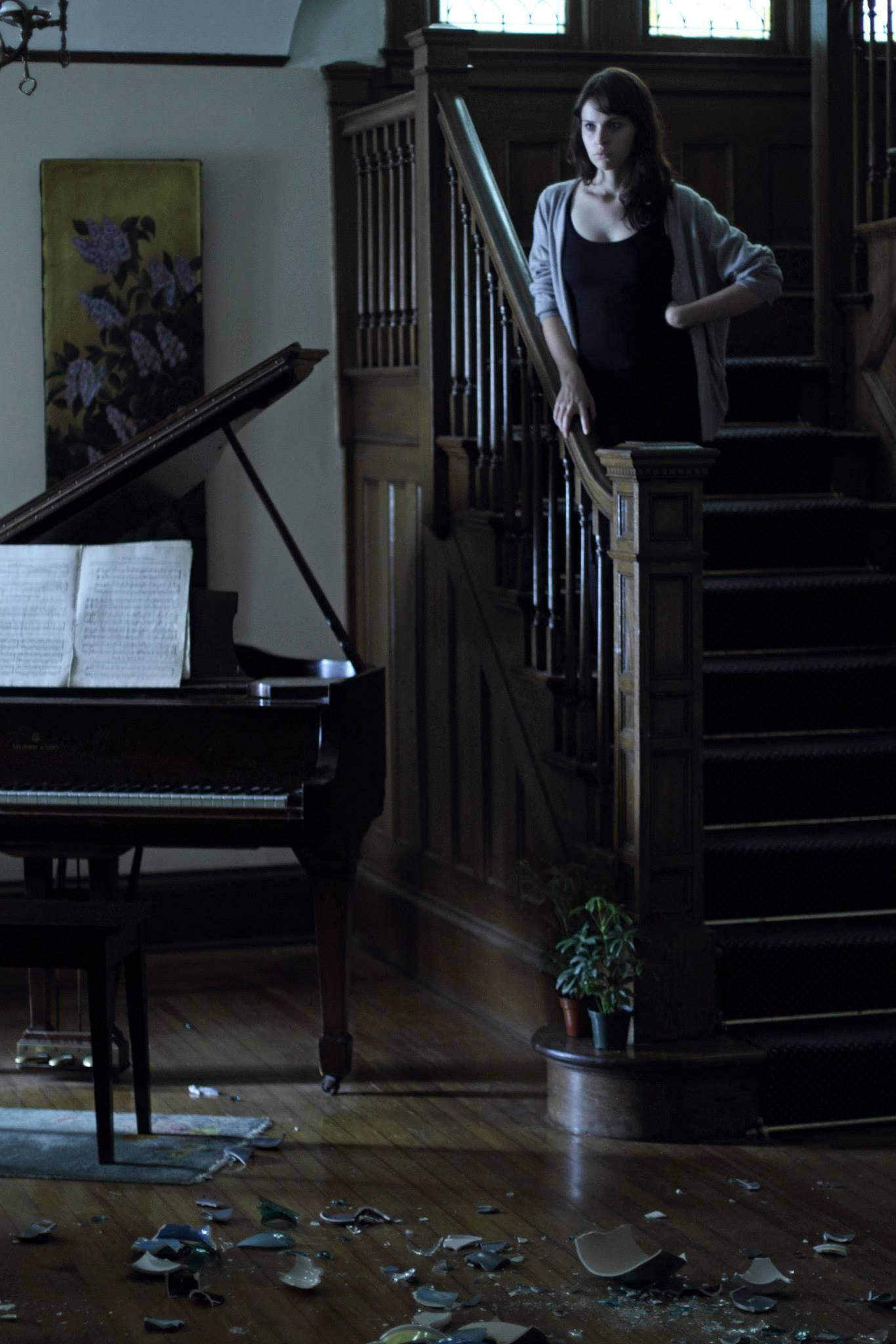 Фильм «Полной грудью» (2013): Фелисити Джонс 1366x2048