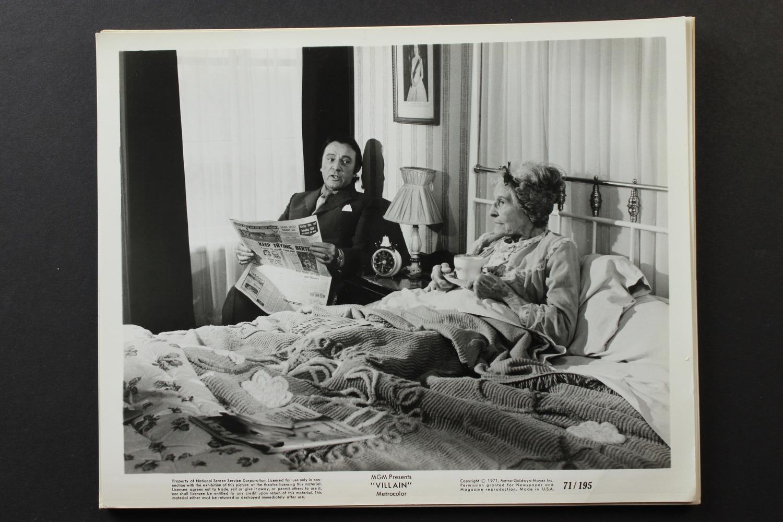 Фільм «Злодей» (1971): Кетлін Несбіт, Найджел Девенпорт, Річард Бартон 1500x1000
