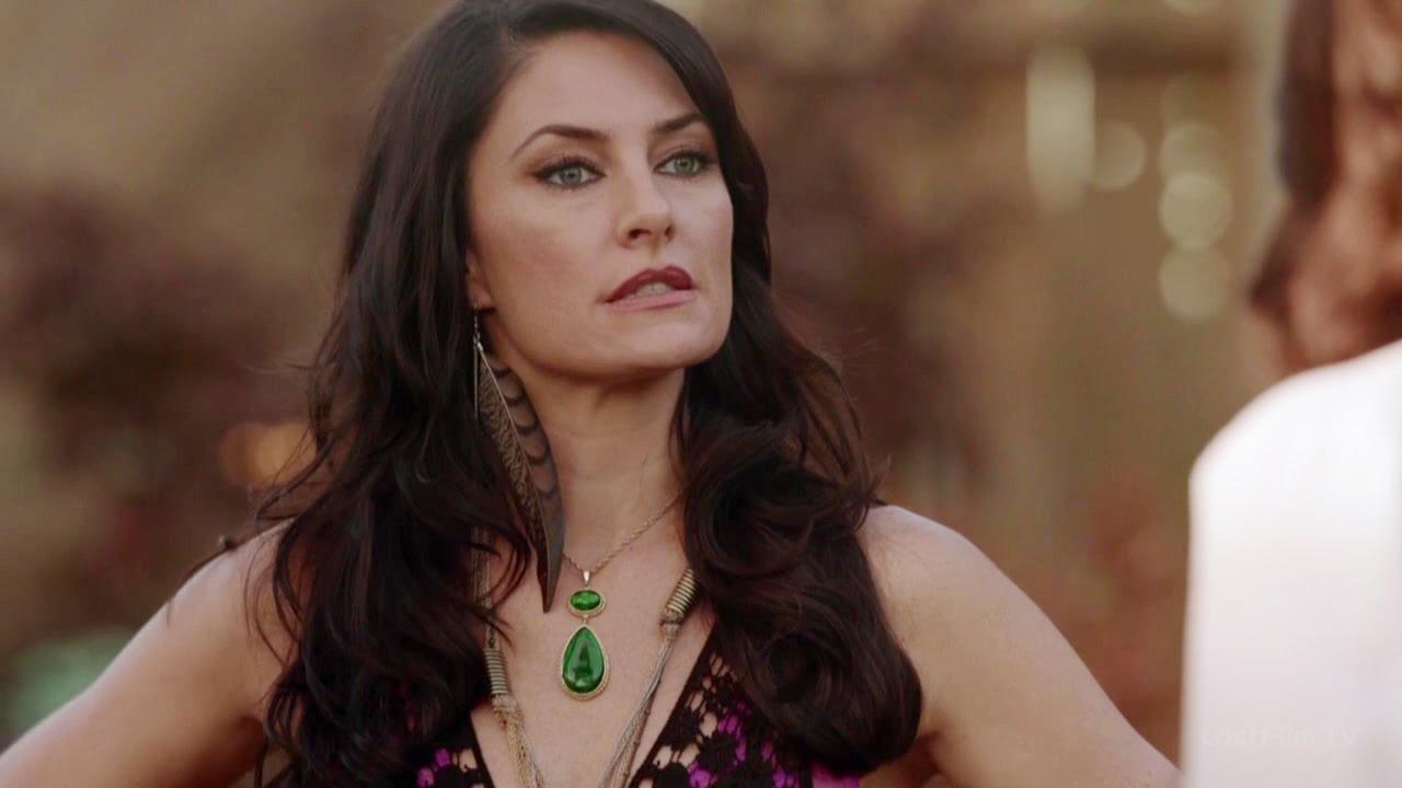 Серіал «Відьми Іст-Енду» (2013 – 2014): Медхен Емік 1 сезон, 3 епізод — «Теперь я ведьма» (Today I am a Witch) 1280x720