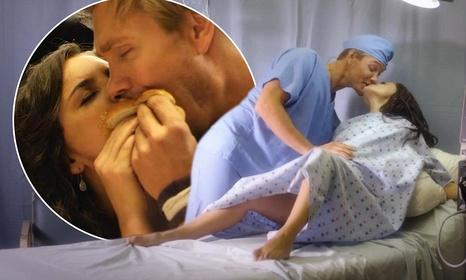 «Первый поцелуй с Рэйчел Ли Кук и Чадом Майклом Мюррэем» — кадры