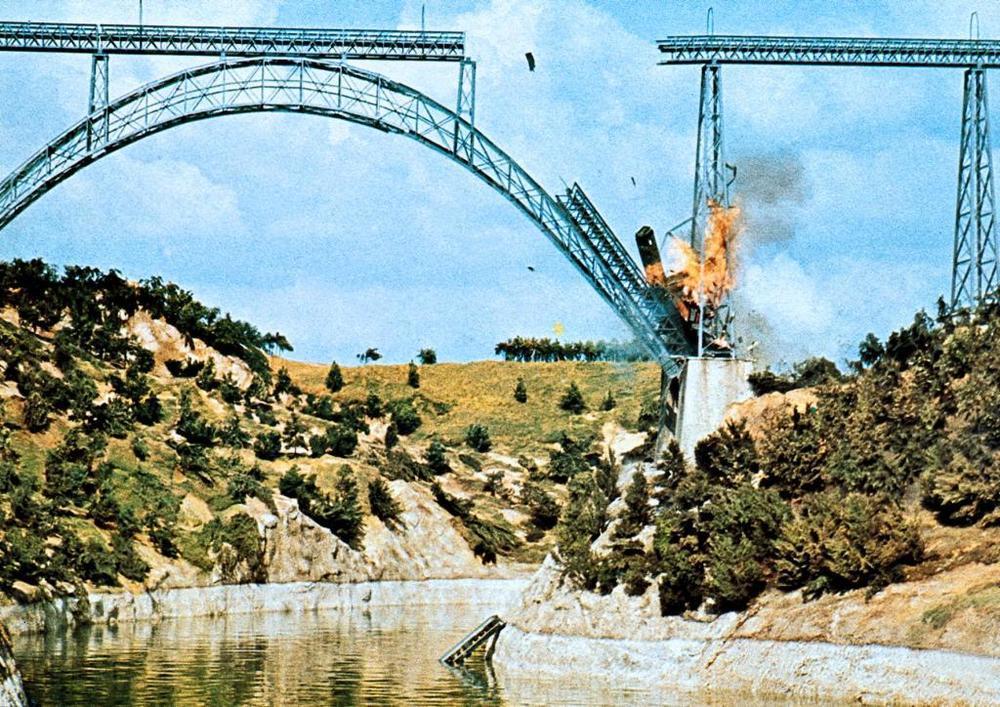 Фильм «Перевал Кассандры» (1976): 1000x707