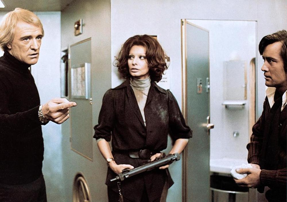 Фильм «Перевал Кассандры» (1976): Ричард Харрис, Софи Лорен, Мартин Шин 1000x704