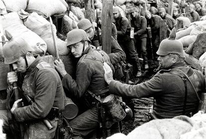 «На західному фронті без змін» — кадри