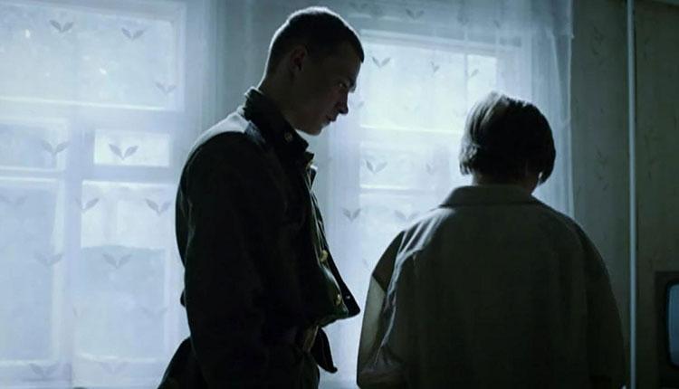 Сериал «Мотыльки» (2013): Юрий Борисов 750x430