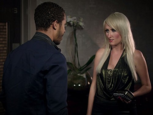 Сериал «Бездельницы» (2013 – 2016): Лорен О'Рурк 1 сезон, 5 эпизод — «Friend Night Stand» 500x375