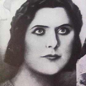 «Жанна-женщина» — кадри