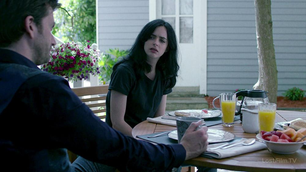 Серіал «Джессіка Джонс» (2015 – 2019): Крістен Ріттер 1 сезон, 8 епізод — «AKA Що зробила б Джессіка?» (AKA WWJD?) 1000x563