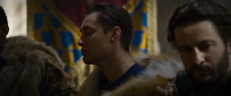 Фільм «Король Артур: Легенда меча» (2017): Джуд Лоу 1500x627