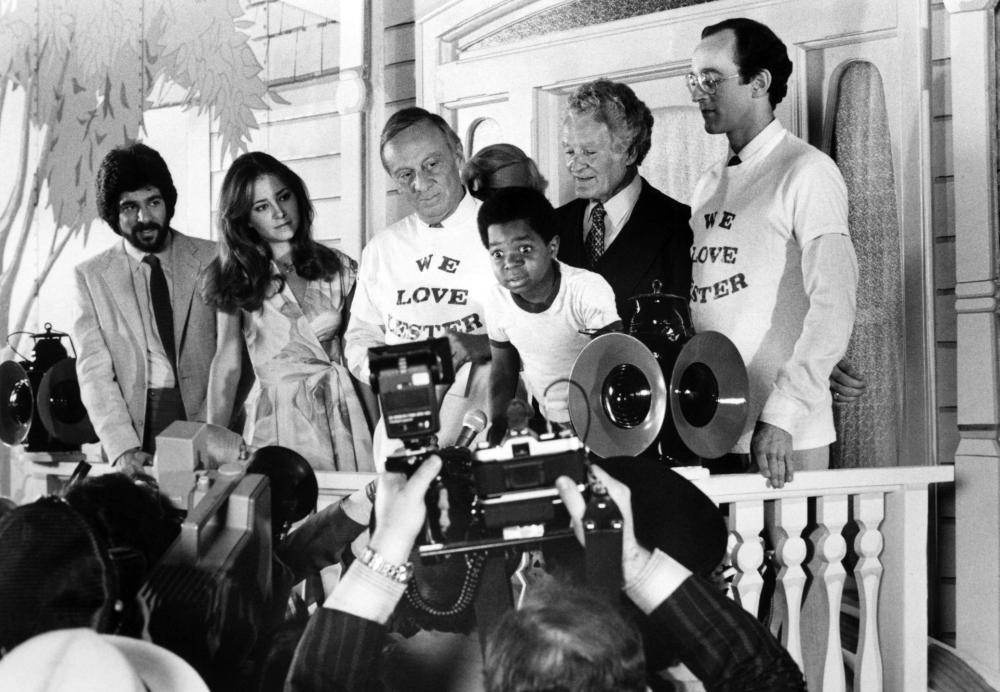 Фільм «На правильном пути» (1981): Норман Фелл, Ліза Ейльбахер, Гарі Коулмен, Майкл Лембек 1000x692